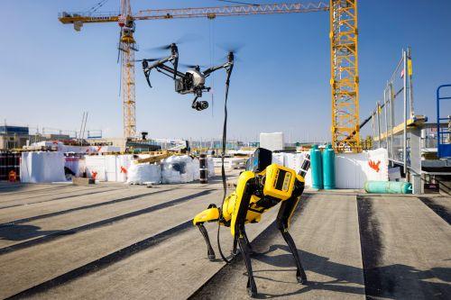 "IKEA Wien Westbahnhof: Roboterhund ""Spot"" erstellt digitalen Zwilling"