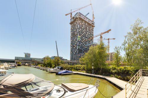 Dachgleiche für Marina Tower