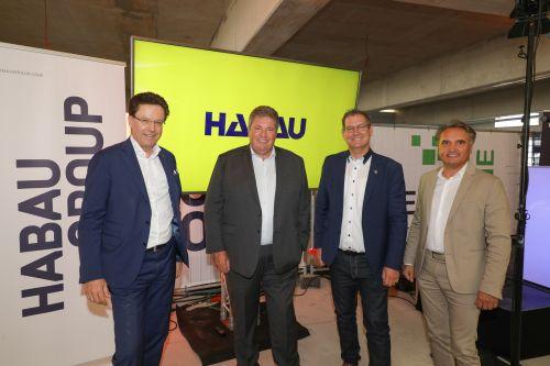Habau feiert Dachgleichenfeier für Innovation Hub
