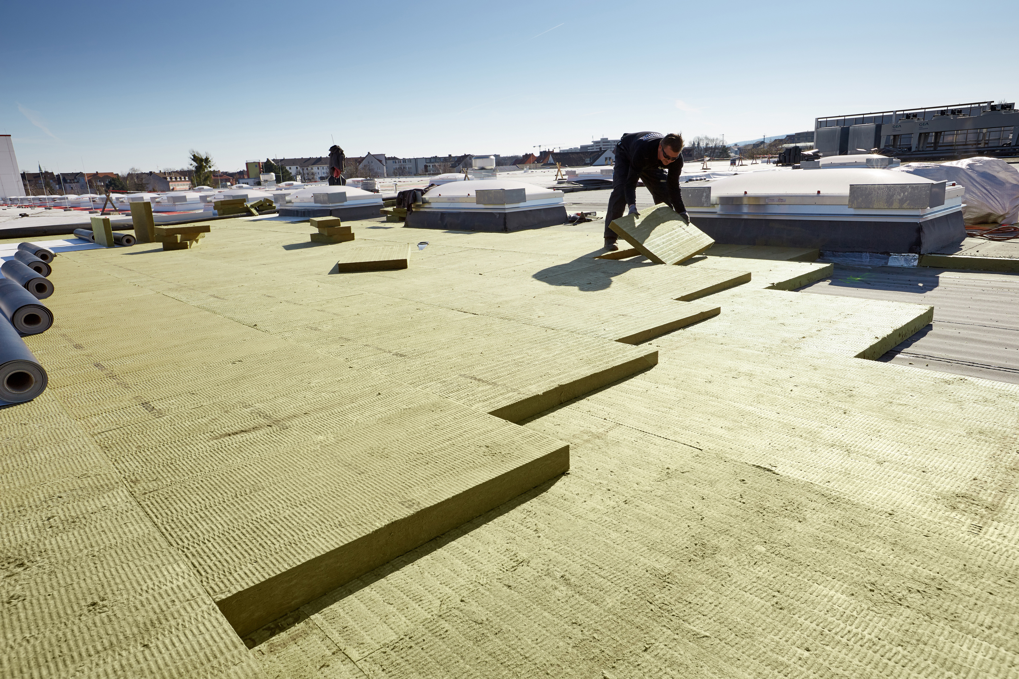 ROCKWOOL: neues Flachdachsortiment