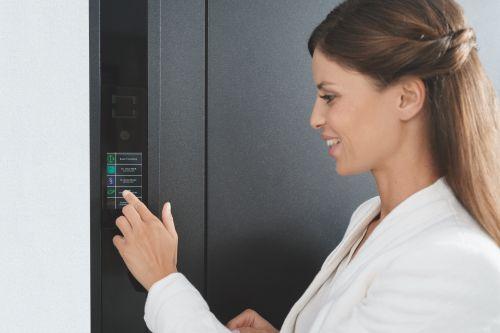 Mehr Sicherheit mit dem Schüco Door Control System