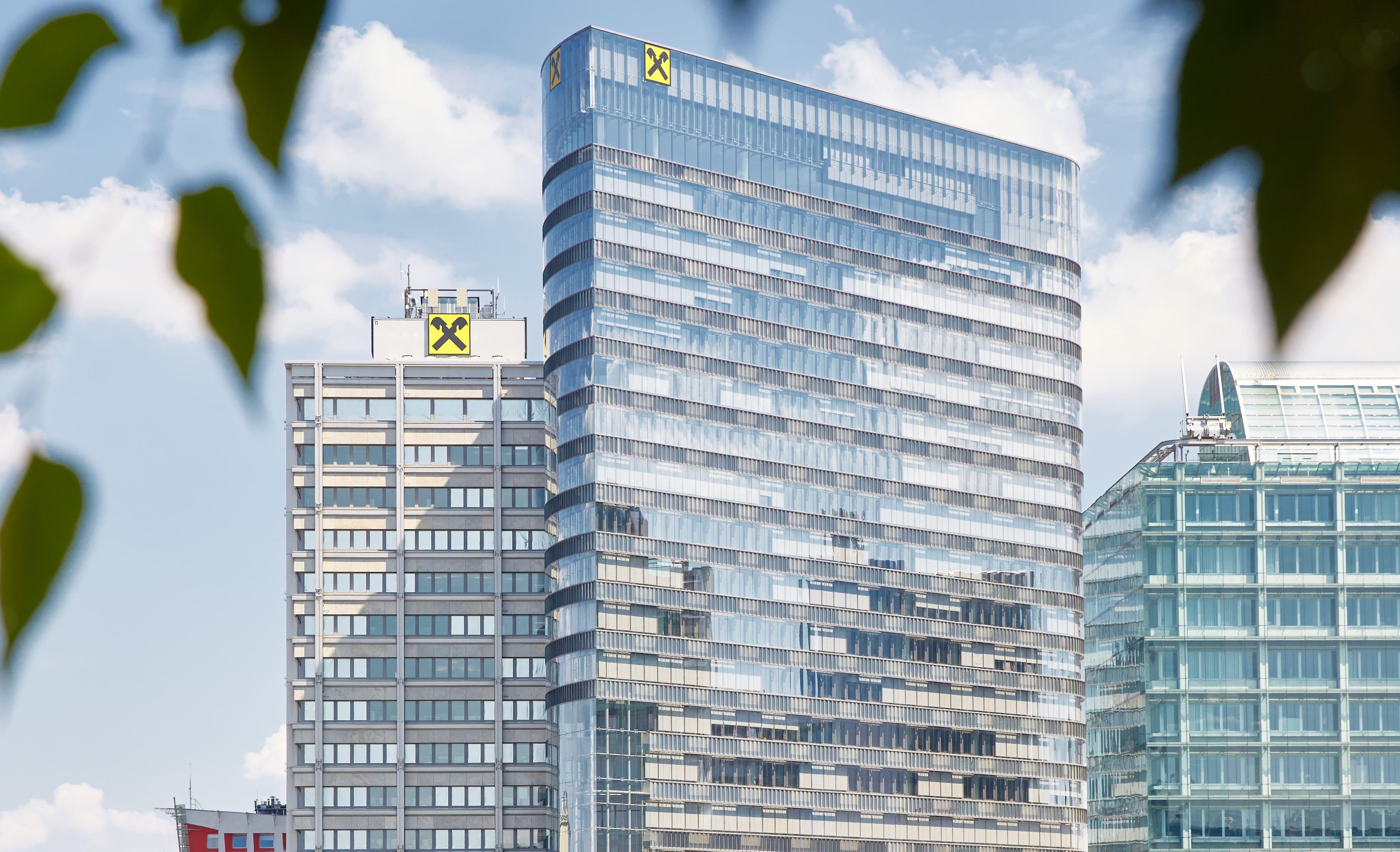 STRABAG PFS erhält Facility-Management-Auftrag von Raiffeisen